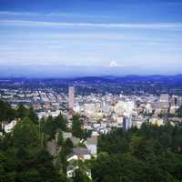 Ctiyscape view of Portland, Oregon with mountain in back