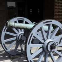 Cannon outside the visitor's Center Yorktown, Virginia