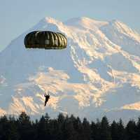 Parachute down at Mount Rainier National Park, Washington