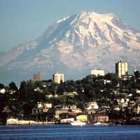 Tacoma with a view of Mount Rainier in Washington