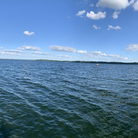 Panoramic view of green lake