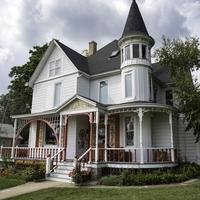 Gift Shop house in Mount Horeb
