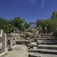 Fake walls and large rock steps at New Glarus Brewery