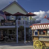 Streetcart and Ice Cream Shop in New Glarus