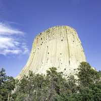 Devil's Tower under the blue sky