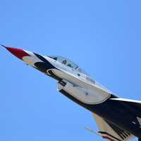 US Air Force Thunderbird in flight